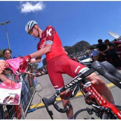 Começou o Giro 2018 – José Gonçalves já colocou bandeira portuguesa nos ecrãs.
