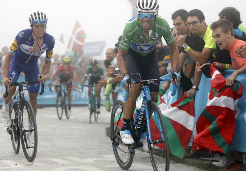 Vuelta, etapa 17 – Michael Woods venceu etapa, Valverde não desarma.