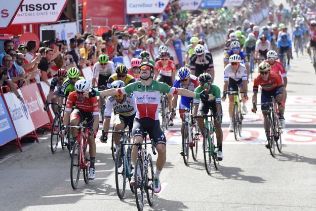 Vuelta, etapa 10 – Viviani ganha a segunda na Vuelta, 17.ª da temporada.