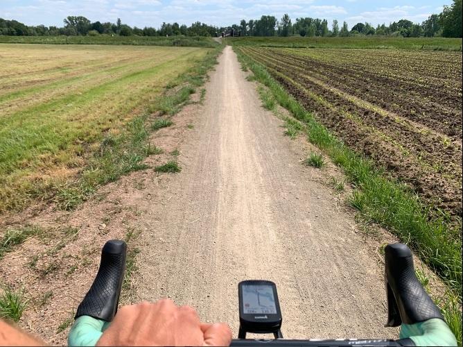 Wout van Aert fez mais de 300 km's de Gravel no Dirty Kanzelled