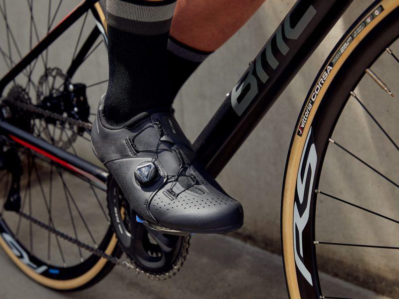 Novos sapatos Shimano para Estrada e Montanha