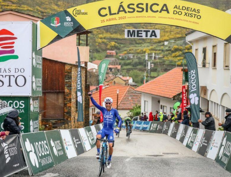 Joni Brandão (W52-FC Porto) venceu a Clássica Aldeias do Xisto