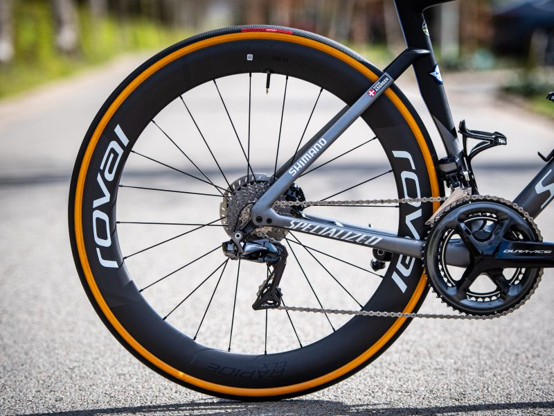 Kasper Asgreen utilizou pneus clincher no Tour de Flandres